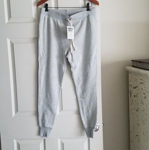 Pam & Gela S Sweatpant Jogger NWOT Light Gray